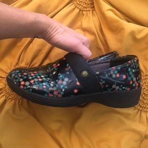 Dansko Shoes   Wonder Works By Nursing